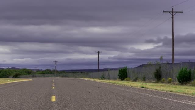 vídeos y material grabado en eventos de stock de carretera vacía - lapso de tiempo - carretera vacía