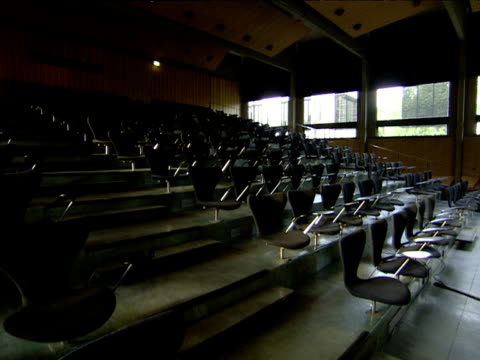 empty lecture theatre at st catherine's college oxford - lecture hall stock videos & royalty-free footage