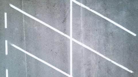 空曠的停車場,從上面看 - parking 個影片檔及 b 捲影像