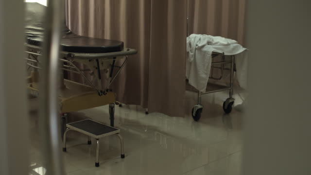 empty patient room in modern hospital,no people - sheet stock videos & royalty-free footage