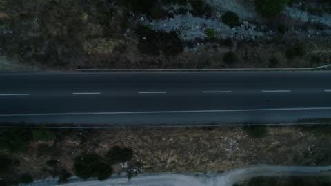 vidéos et rushes de route vide - route déserte