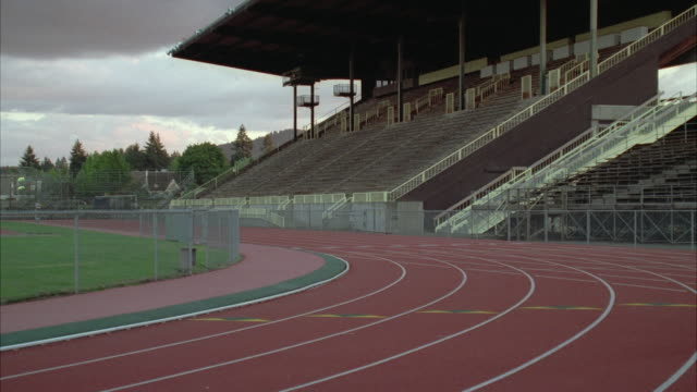 zo ws empty running track - running track stock videos & royalty-free footage