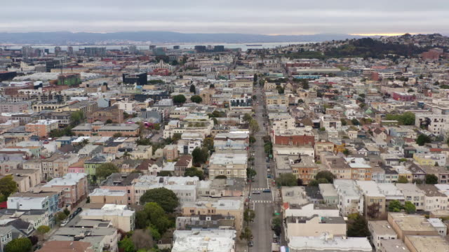 empty san francisco street during the covid-19 pandemic - dutcheraerials covid stock videos & royalty-free footage