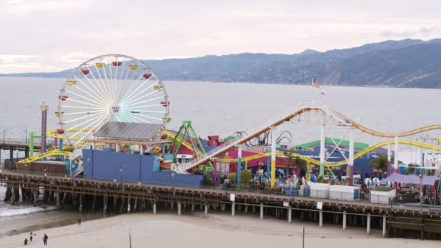 empty santa monica pier during covid-19 pandemic - santa monica pier stock videos & royalty-free footage