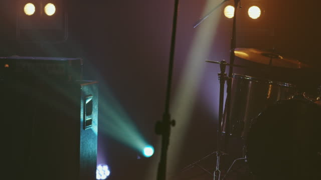 vídeos y material grabado en eventos de stock de escenario vacío - auditorio