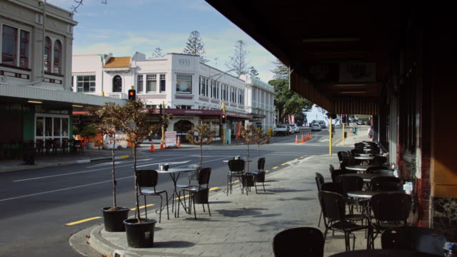 Empty Street Cafe in Napier