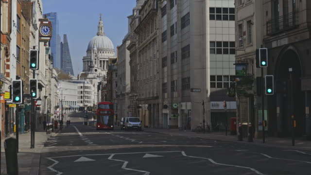 empty streets during the lockdown in london - lockdown stock videos & royalty-free footage