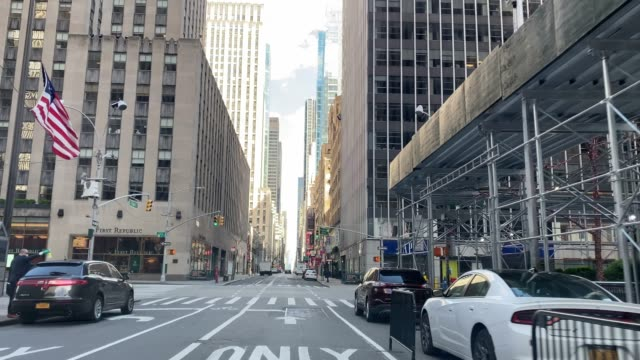 empty streets in manhattan, new york city, during covid-19 quarantine - new york city stock videos & royalty-free footage