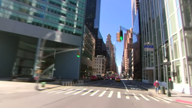 empty streets in new york city during the coronavirus crisis - new york city stock videos & royalty-free footage