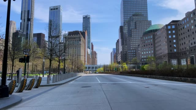 empty streets of new york city - strada vuota video stock e b–roll