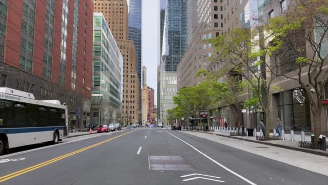 empty streets of new york - strada vuota video stock e b–roll