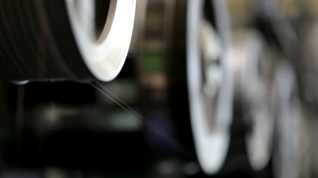stockvideo's en b-roll-footage met enameled copper wire factory - machinekamer