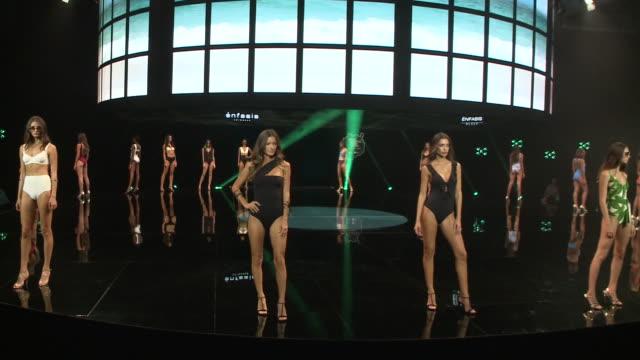 runway - day 3 - 'moda calida' in gran canaria - swim week - ジョアナ・サンス点の映像素材/bロール