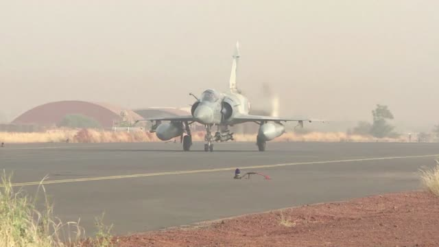 vídeos de stock e filmes b-roll de engaged in the fight against terrorism in the sahel saharan strip the french forces of operation barkhane have a range of air assets at their... - veículo aéreo não tripulado