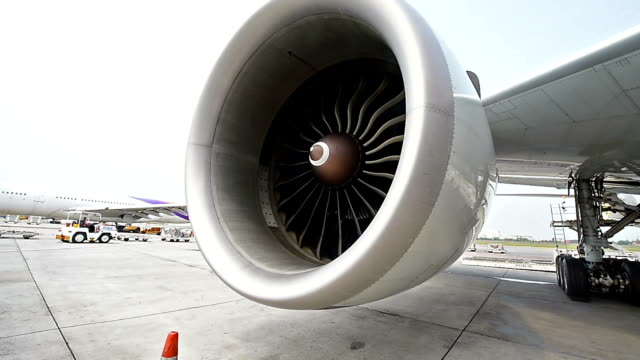 Engine aircraft