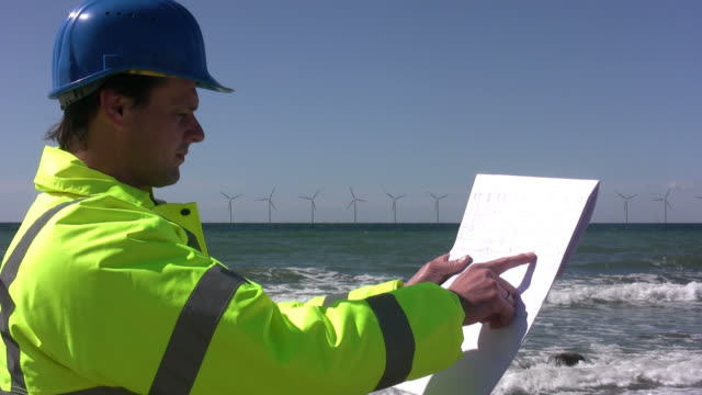 engineer offshore wind power - pointing stock videos & royalty-free footage