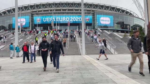 england beat germany 2-0 on tuesday to reserve their place in the uefa euro 2020 quarterfinals. tens of thousands of fans poured out of the iconic... - avoidance stock videos & royalty-free footage