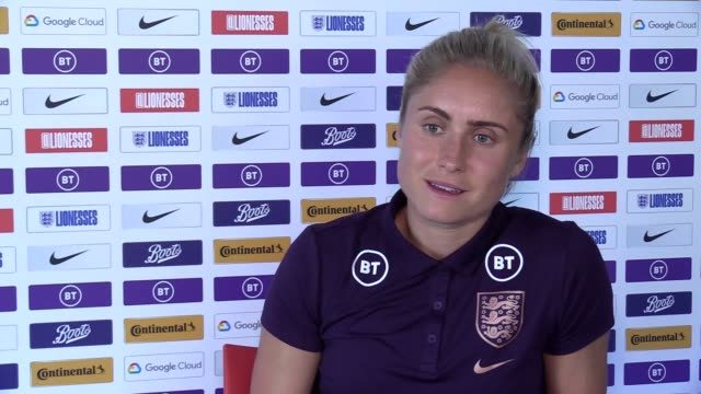 vídeos de stock, filmes e b-roll de england captain steph houghton praised her side's 'unbelievable' defending after their 20 win over japan at the women's world cup in france - campeonato esportivo