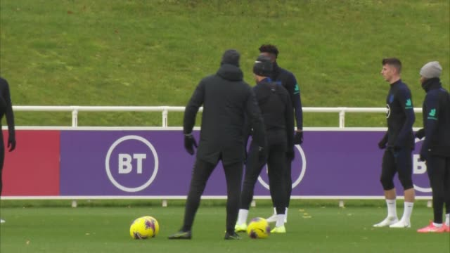 england football team train ahead of euro 2020 qualifying match against montenegro england staffordshire burtonupontrent st george's park ext further... - harry kane soccer player stock videos & royalty-free footage
