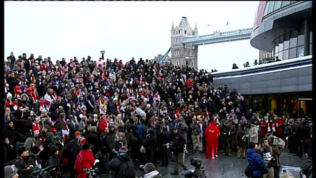 england loses 2018 world cup bid england london ext crowd of football supporters backing england world cup 2018 bid gathered near tower bridge - england stock-videos und b-roll-filmmaterial