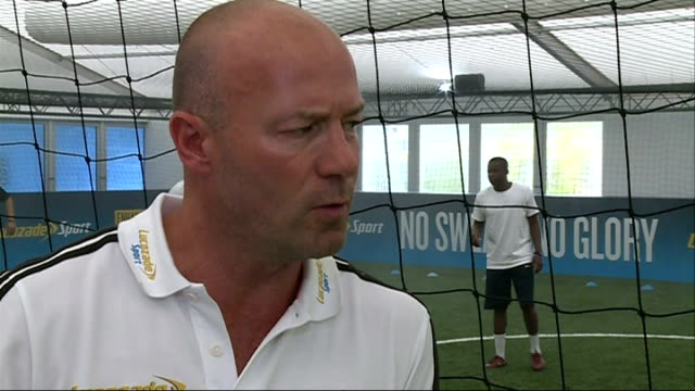 england play in heat and humidity to prepare for world cup / alan shearer interview; england: london int alan shearer interview sot shearer chatting... - ヒート点の映像素材/bロール
