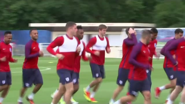 england prepare for match against russia france chantilly ext various of england football squad jogging on training pitch at football training... - harry kane soccer player stock videos & royalty-free footage