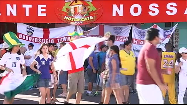 england prepare for their first match brazil manaus ext england football fans singing the lion sleeps tonight sot various shots of england fans with... - fifa stock videos & royalty-free footage