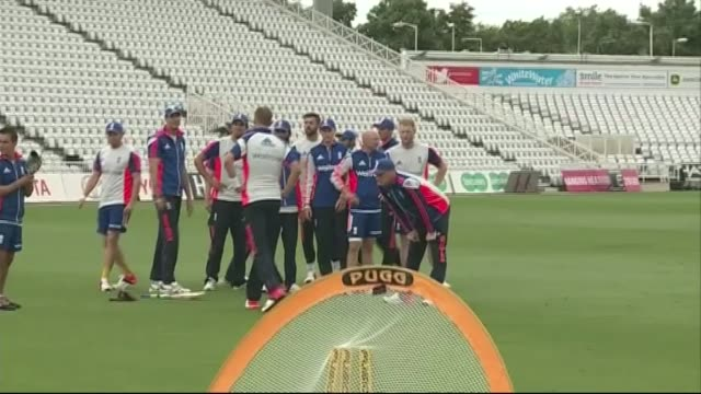 england team training more of england players catching and throwing balls including cook / england team putting on padding and along to nets /... - sportschützer stock-videos und b-roll-filmmaterial