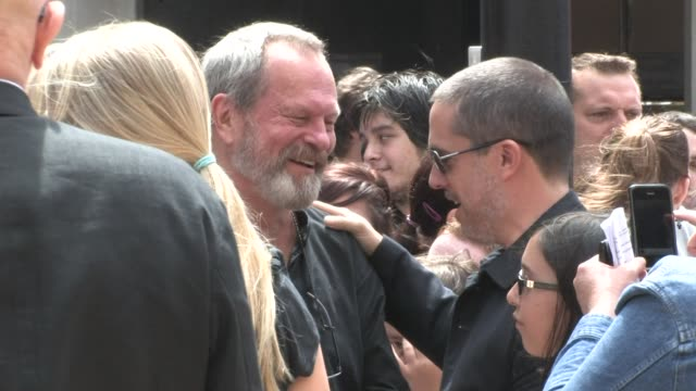 stockvideo's en b-roll-footage met england - terry gilliam