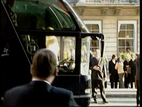 england win world cup: team arrive at london hotel; itn england: london: intercontinental hotel: ext england world cup rugby team coach along towards... - intercontinental hotels group stock videos & royalty-free footage