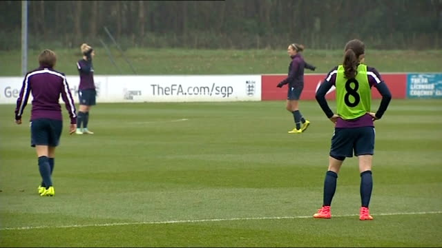 england women training; england: staffordshire: st george's park national football centre: ext england women training session - including players... - sportlerin stock-videos und b-roll-filmmaterial