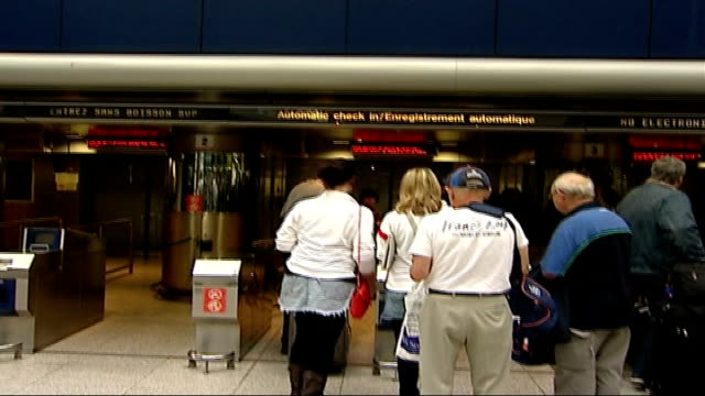 stockvideo's en b-roll-footage met england/france semi final match fans watch outside stadium england london waterloo international station int name 'eurostar' at terminal and... - halve finale