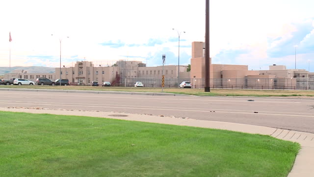wgn englewood co us englewood federal correctional institution where rod blagojevichon is being held for corruption on friday aug 9 2019 - federal prison building stock videos & royalty-free footage