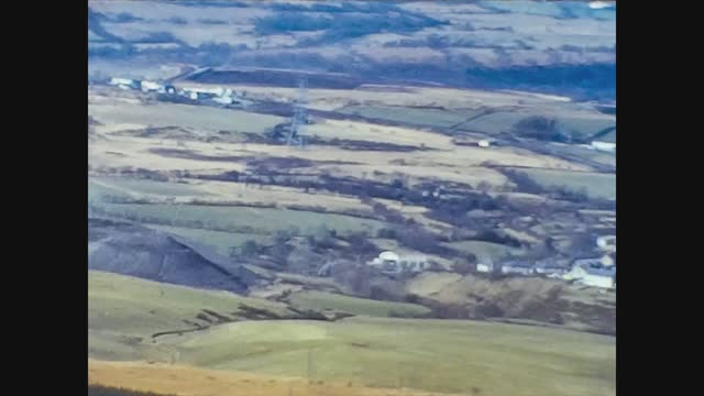 english hilly landscape - rural scene stock videos & royalty-free footage