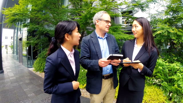 english man meeting with japanese corporate professional business women - bowing stock videos & royalty-free footage