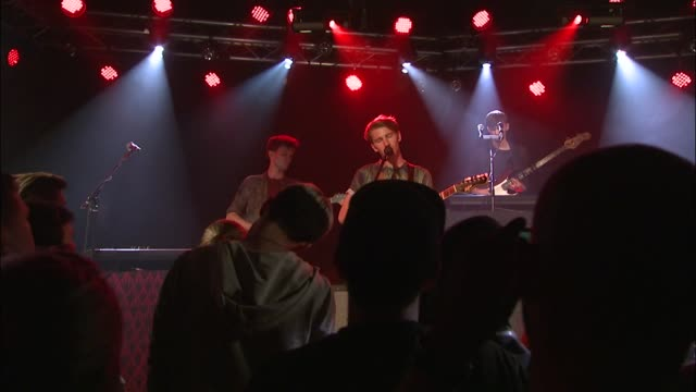 English rockers Glass Animals bring their indie sound to the JBTV stage with their song 'Cocoa Hooves'