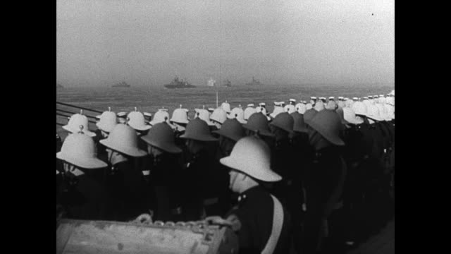 english soldiers marines standing on deck royal navy battleships at sea bg ws royal yacht cu marine saluting yacht cannon - united states marine corps stock-videos und b-roll-filmmaterial