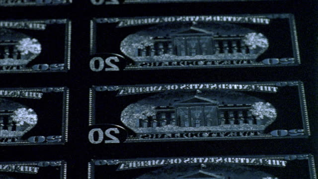 cu, pan, engraved chrome plate of american twenty dollar bills, washington dc, usa - rückwärts fahren stock-videos und b-roll-filmmaterial