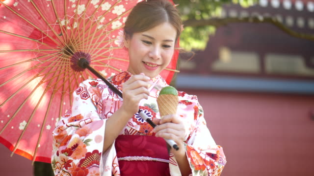 enjoy japanese lifestyle - yukata video stock e b–roll
