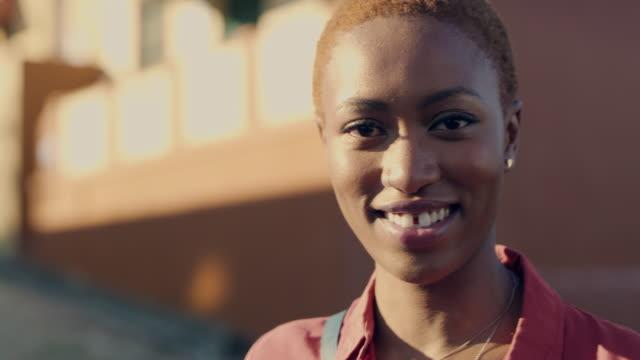 vidéos et rushes de profiter de chaque moment de ma vie - african ethnicity