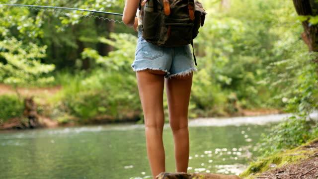 vídeos y material grabado en eventos de stock de disfrutar de la soledad mientras pescas - leñador