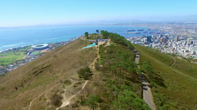 enjoying the day on signal hill - paragliding stock videos & royalty-free footage