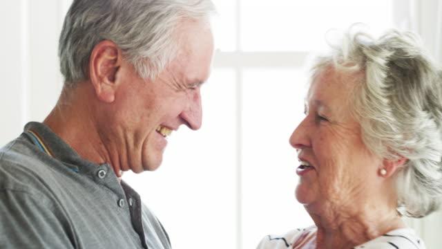 vídeos de stock e filmes b-roll de enjoying the rewards of a lifelong relationship - 70 anos