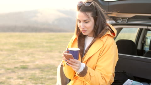 njut av road trip break - vid bildbanksvideor och videomaterial från bakom kulisserna