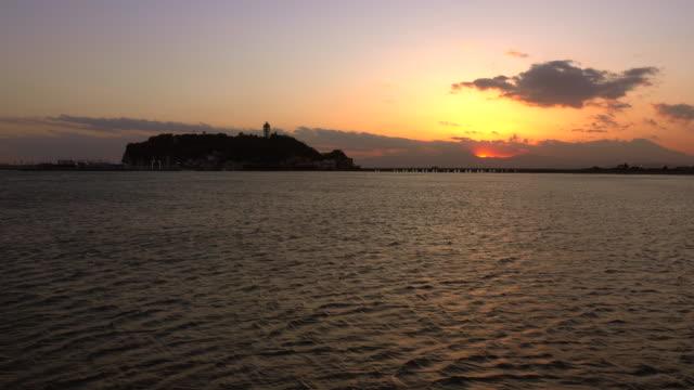 江ノ島の夕暮れ - 神奈川県点の映像素材/bロール