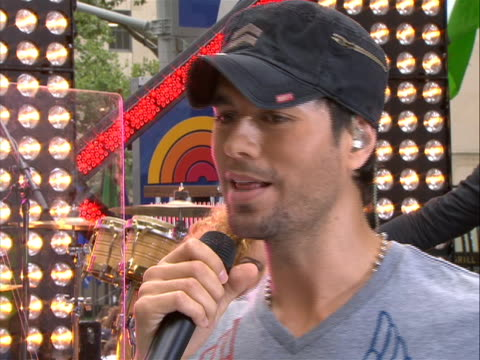 "enrique iglesias ""i do have some guests, i'm actually we start in september, pitbull prince royce. i think it's gonna be the funnest tour of my... - popular music tour stock videos & royalty-free footage"