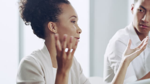 stockvideo's en b-roll-footage met zorgen dat iedereen wordt gehoord in uw team - medewerkerbetrokkenheid