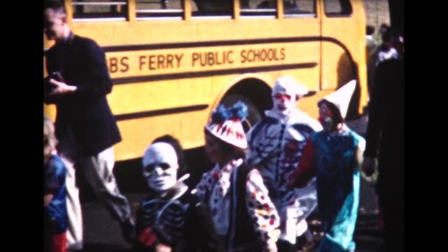 1961 entire public school class in costumes - halloween stock-videos und b-roll-filmmaterial