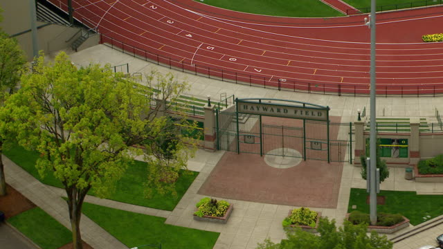 ms aerial entrance and sign for university of oregon hayward field / oregon, united states - eugene oregon stock videos & royalty-free footage