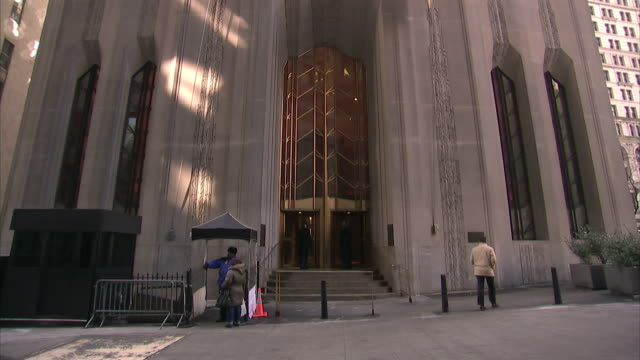 ms entrance to 1 wall street, also known as the bank of new york mellon building / new york city, new york, usa  - the bank of new york stock videos and b-roll footage